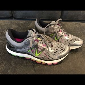 Women's New Balance 1260v7 running shoes